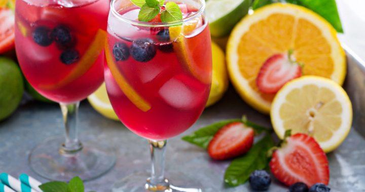 agua de naranja y fresa