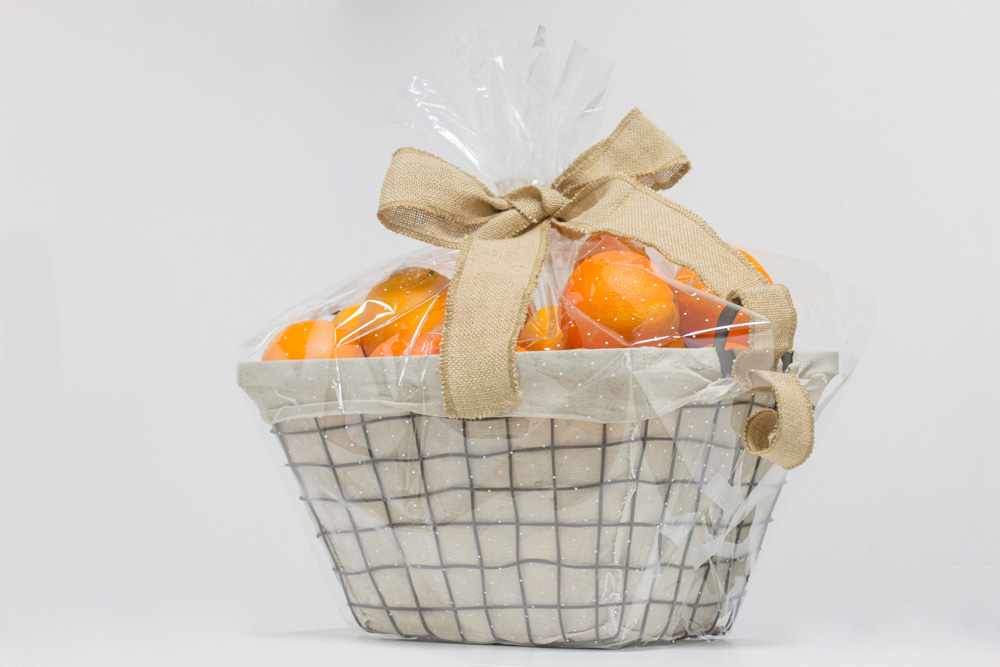 Cesta de regalo de metal naranjas